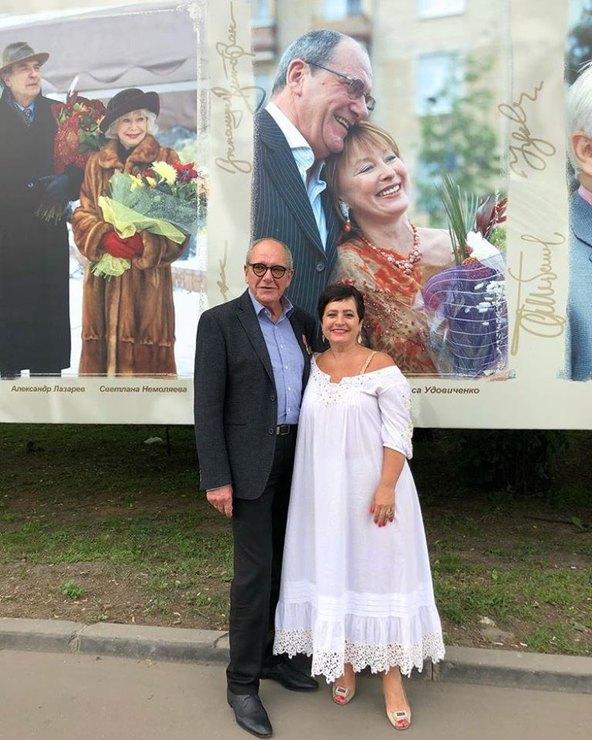 Эммануил Виторган в 78 лет стал папой и показывает всем свою пятимесячную дочку