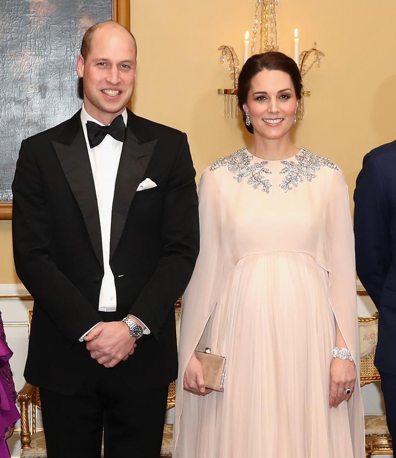 Кейт Миддлтон продолжает радовать красотой и изысканностью своих нарядов