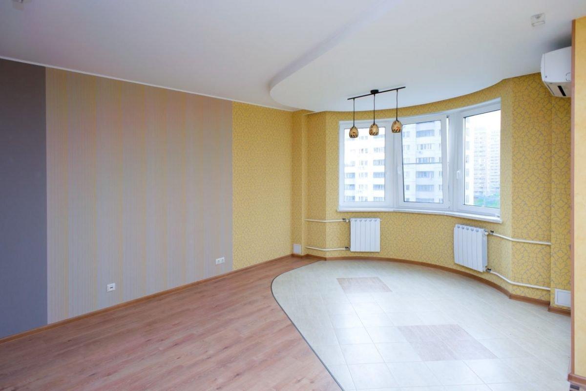 Итак, я реализовала свою мечту и купила квартиру… На новоселье позвала друзей и вот…