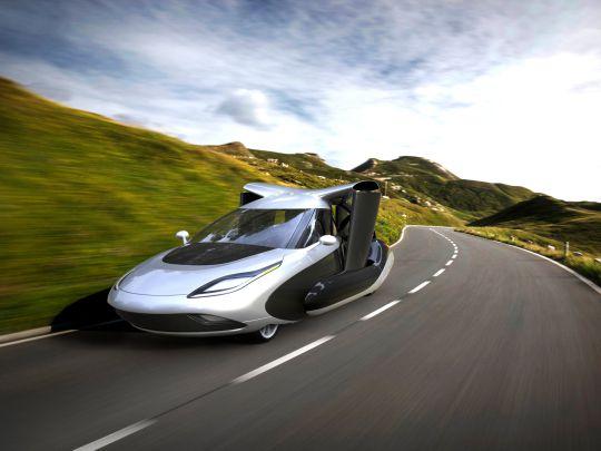 Скоро начнут продавать первый в мире летающий автомобиль – цена, правда, у него запредельная…