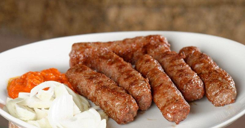 Классный рецепт блюда из Берлина – как приготовить вкусные колбаски из фарша