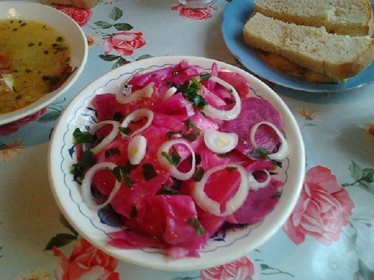 Любимое блюдо моего мужа – вкуснейшая капуста по-гурийски: просто и пикантно
