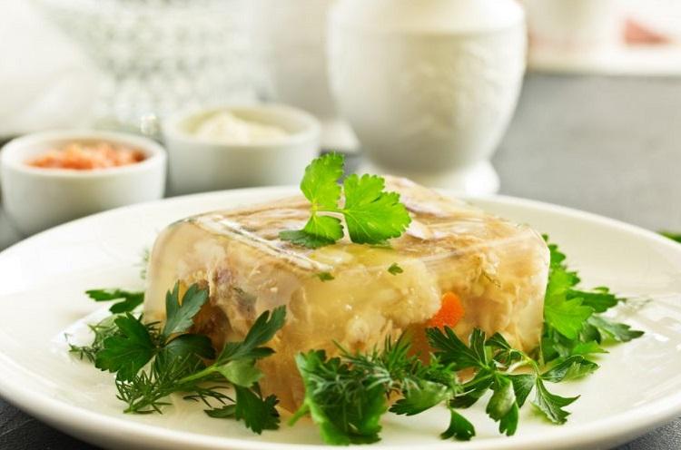 Как приготовить вкусный домашний холодец: пошаговый рецепт и все секреты от шеф-повара