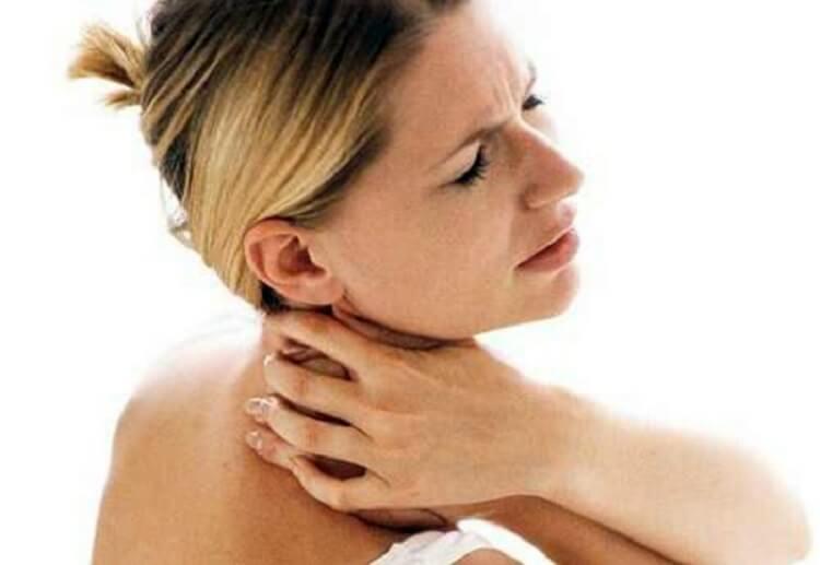 Это средство поможет быстро удалить даже самые старые отложения солей на вашей шее
