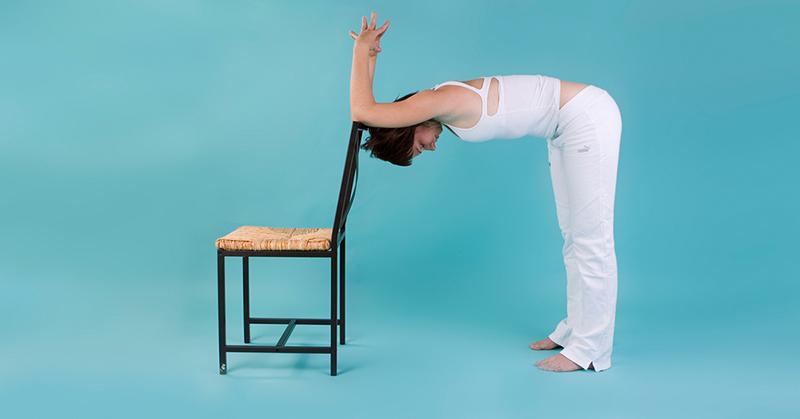 Всего 1 минута и чувства голода как не бывало – эффективное упражнение «Яшмовая лягушка гонит волны»