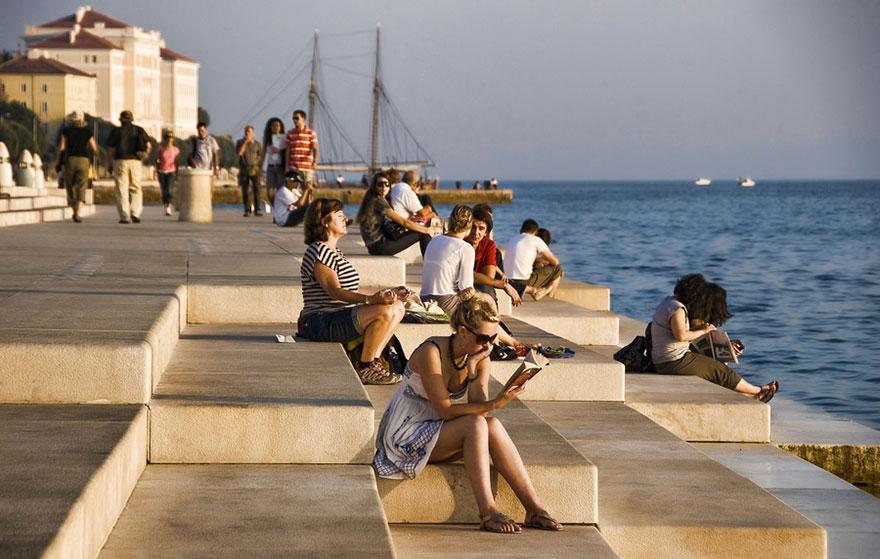 В Хорватии создали 80-метровый орган, на котором играют ветер и море – это просто невероятно, нужно слушать